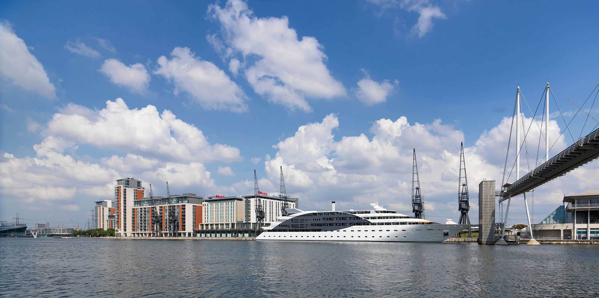 Gallery Photos Sunborn Yacht Hotel Gibraltar Sunborn London
